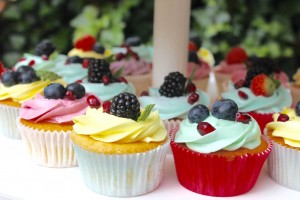 cupcakes fruit bestellen, bedrijf cupcakes logo bestellen, taarten den haag
