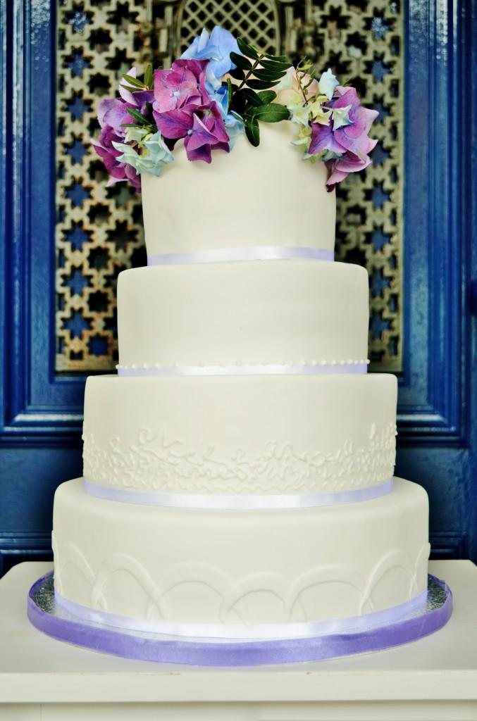 Hortensia sugar flowers Wedding cake