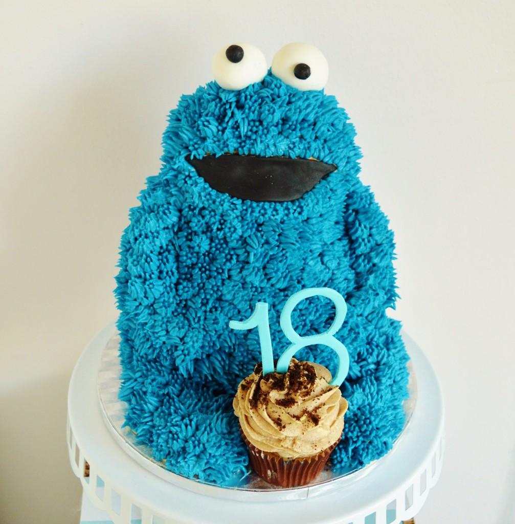 cookie monster taart, cookie monster cake, cookie monster, 18 verjaardag taart, blauwe monster