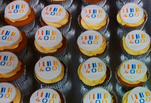 Cupcake's met eetbare bedrijfslogo's