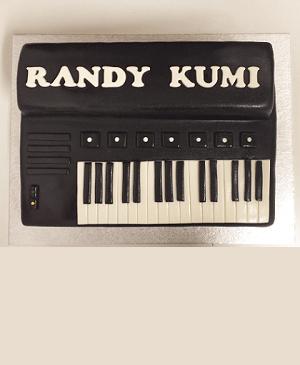 Een verjaardagstaart in de vorm van een keyboard