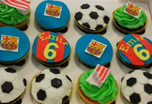 Voetbal cupcake's met verschillende figuurtjes