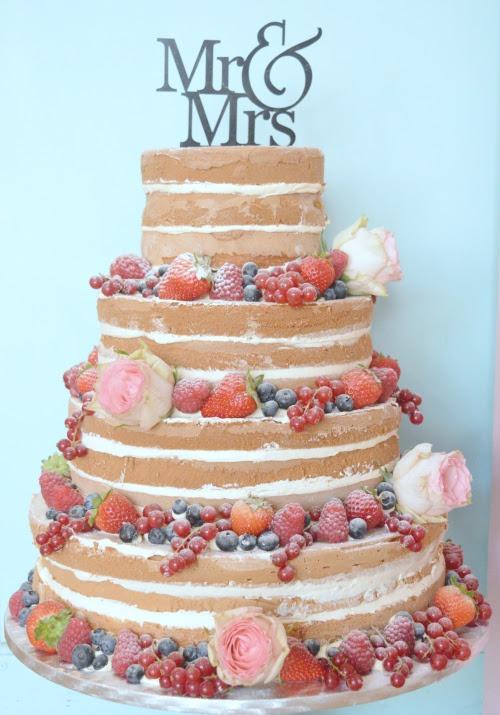 Naked-cake-fresh-rood-fruit-bruidstaart-denhaag