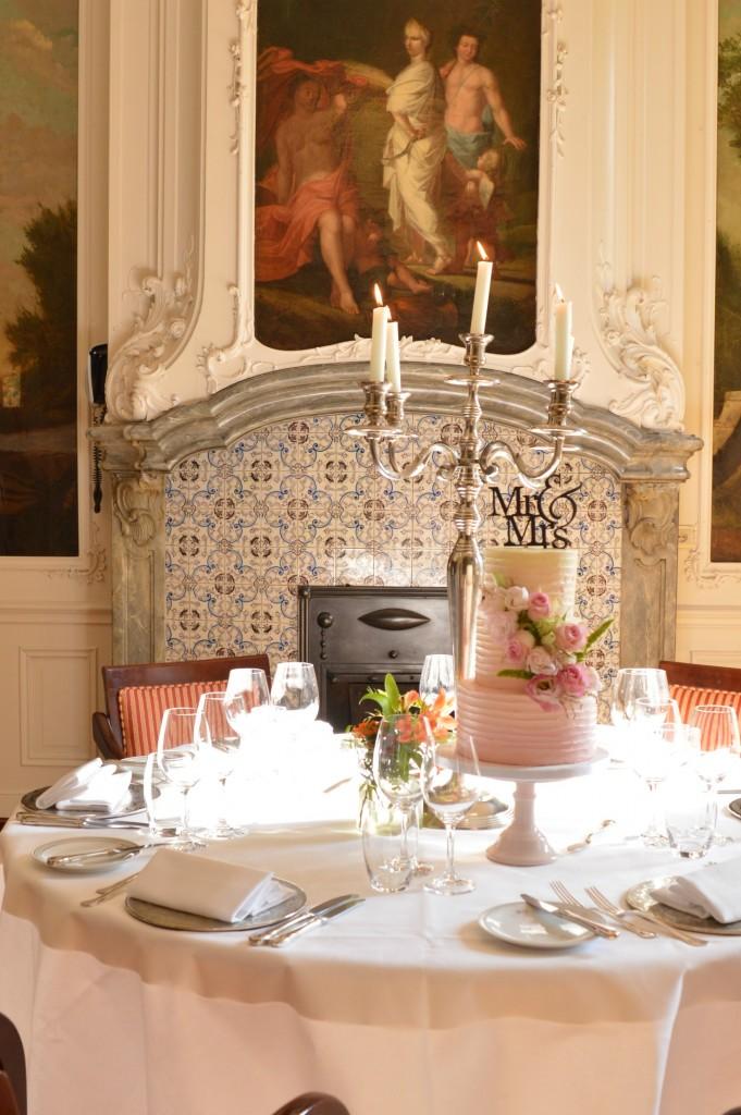 Botercreme trouwtaart bestellen den haag, bruidstarten den haag roze bloemen