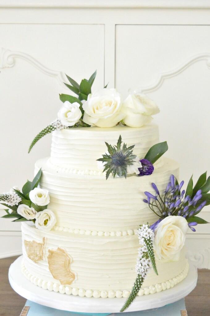 boterecreme bruidstaart verse bloemen bestellen