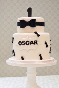 Zwart-wit-taart-jongens, black-tie-cake