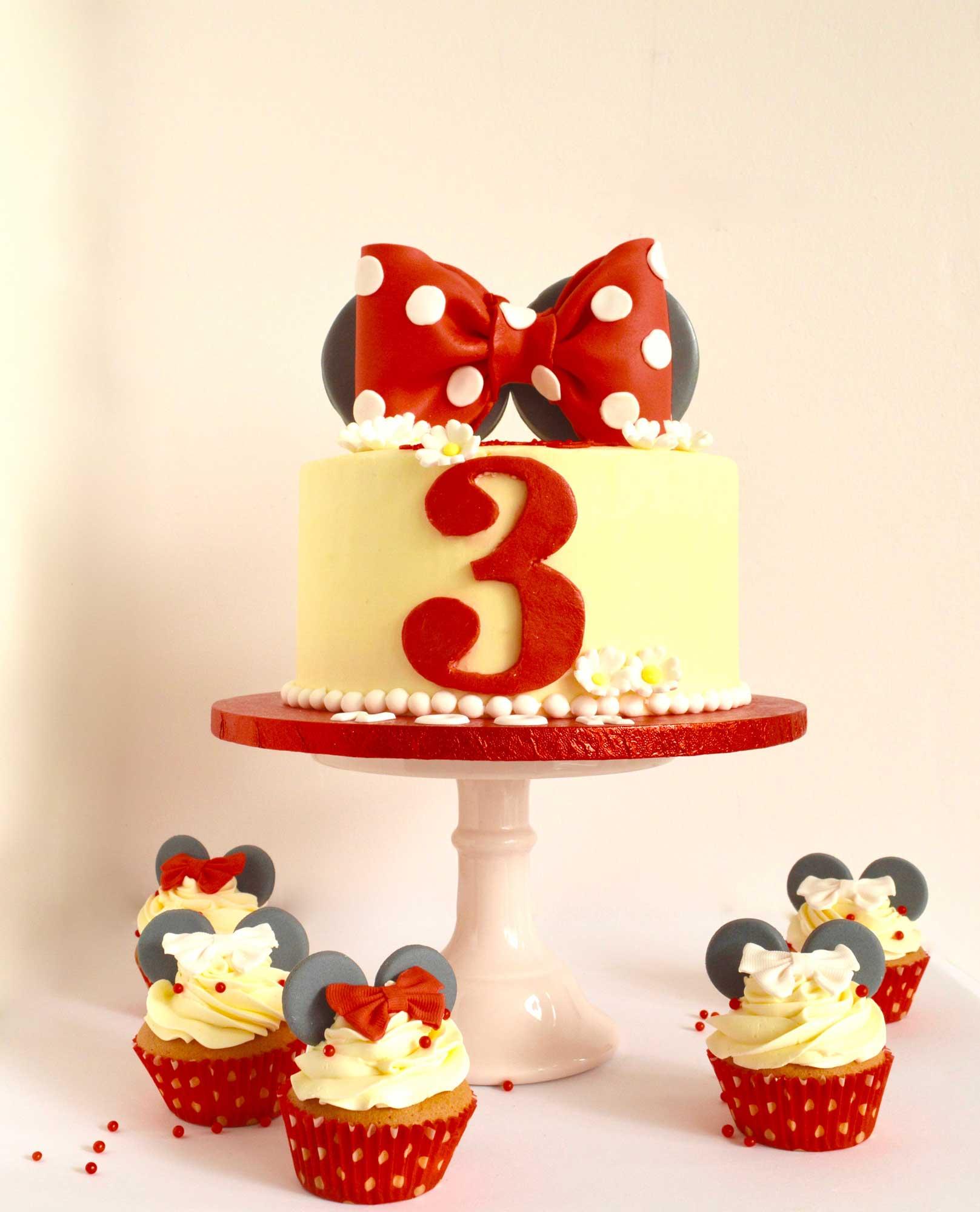 minnie-mousse-meisjes-taart-rood-zwart-wit, minnie-mousse-cake-wassenaar