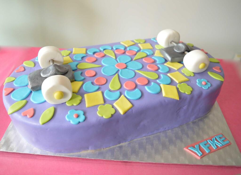 skate taart, skateboard cake, skating