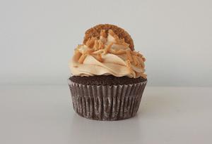Chocolade cupcake met stroopwafel