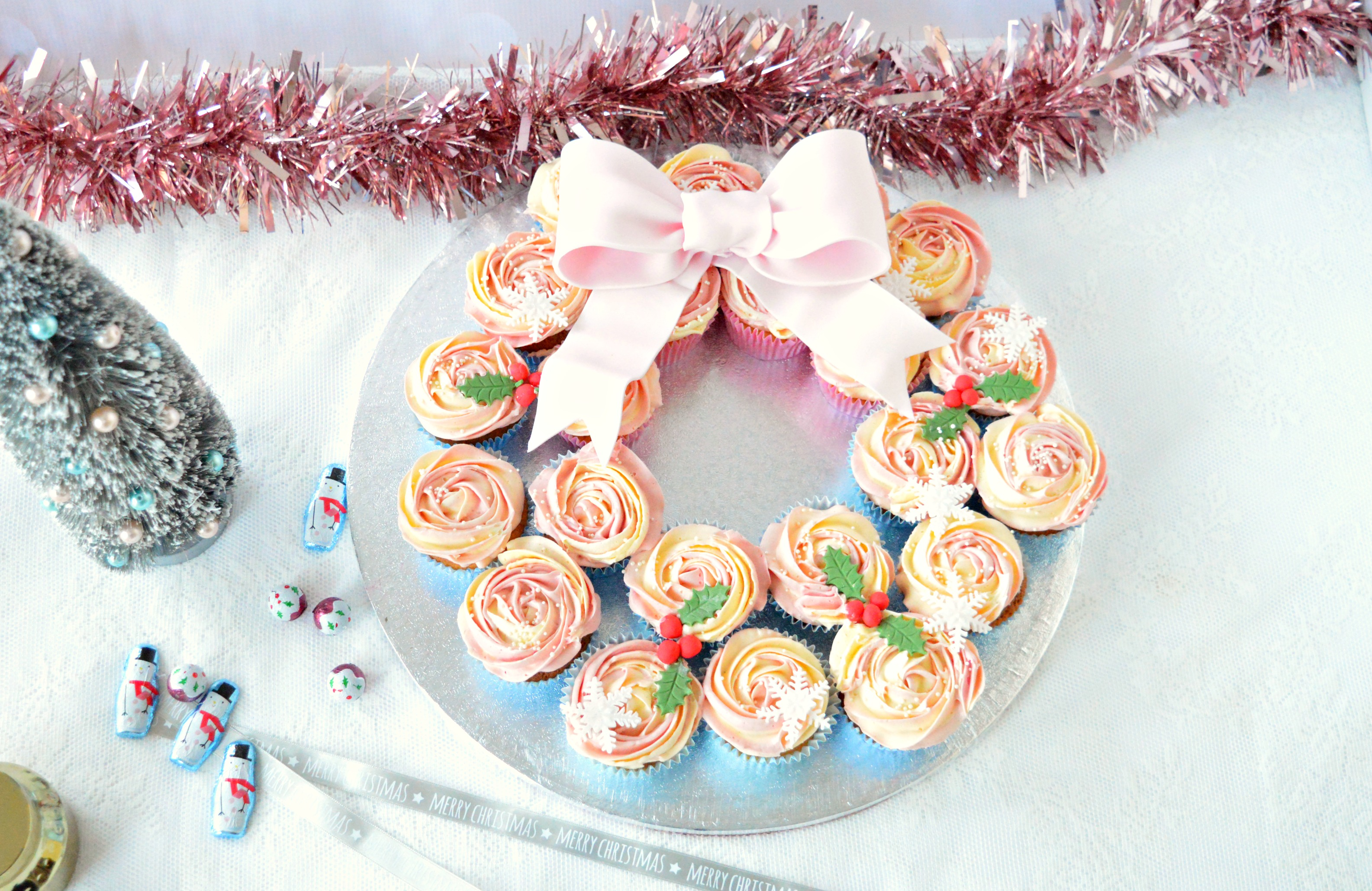 Christmas cupcakes, chiristmas cake the hague, scheveningen taart bestellen