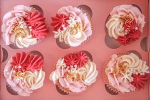 roze-cupcakes-doos-6-stuks