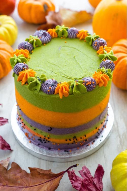 halloween party streepjes taart